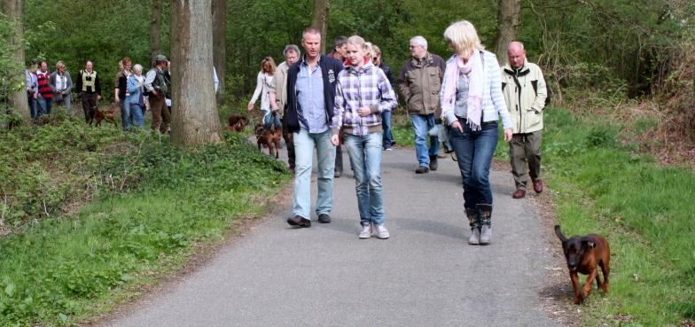 http://www.peterenemmy.nl/BGS%20Dag/IMG_1737
