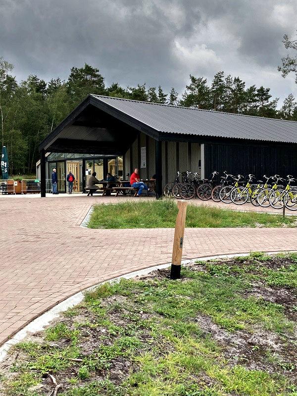 http://www.peterenemmy.nl/Foto%20Nederland/2020%20Leesten/IMG_0048