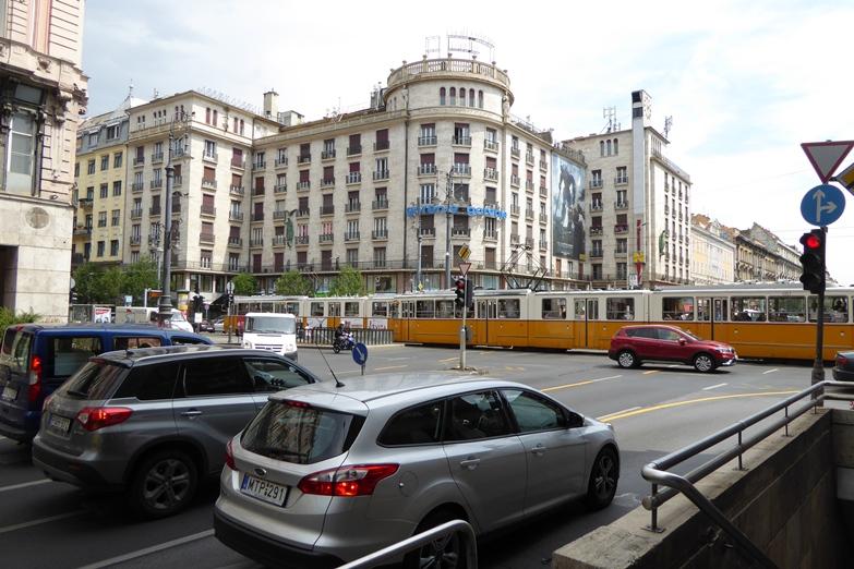 http://www.peterenemmy.nl/Hongarije/P1060515