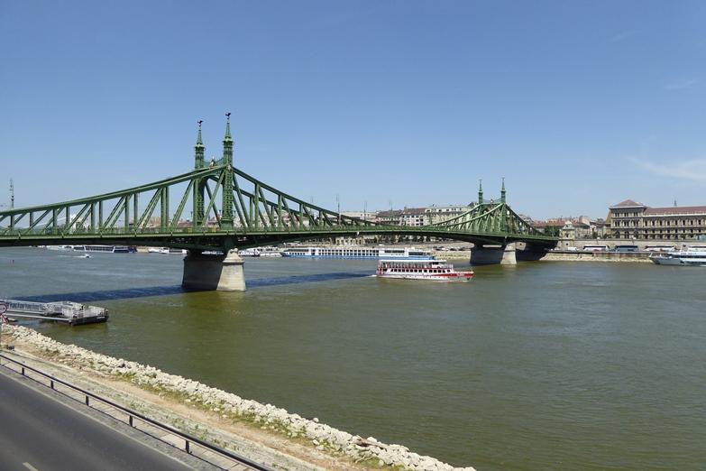 http://www.peterenemmy.nl/Hongarije/P1060624