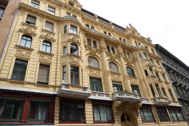 http://www.peterenemmy.nl/Hongarije/P1060637